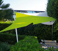 Au camping - Voile d'ombrage extensible triangle 3x3x3m